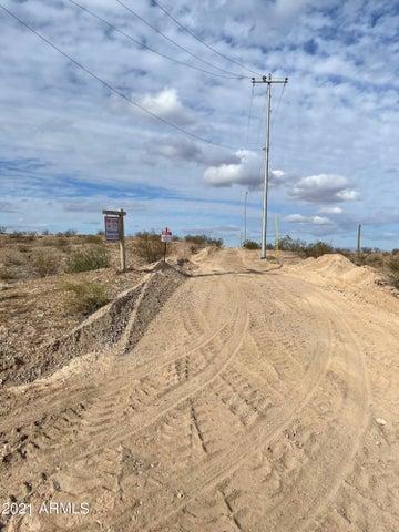 319 AV INDIAN SCHOOL Road, Buckeye, AZ 85326