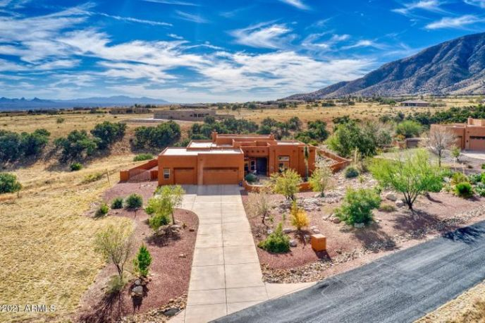 6096 E ANDALUSIAN Court, Hereford, AZ 85615