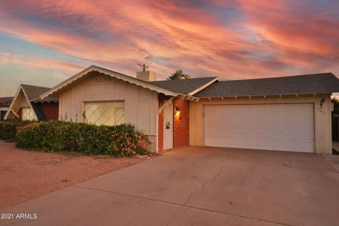 8253 E ROMA Avenue, Scottsdale, AZ 85251