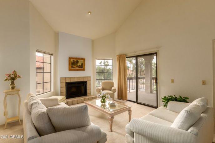8700 E MOUNTAIN VIEW Road, 2028, Scottsdale, AZ 85258
