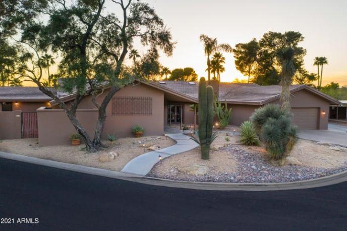 5920 N 45TH Place, Phoenix, AZ 85018