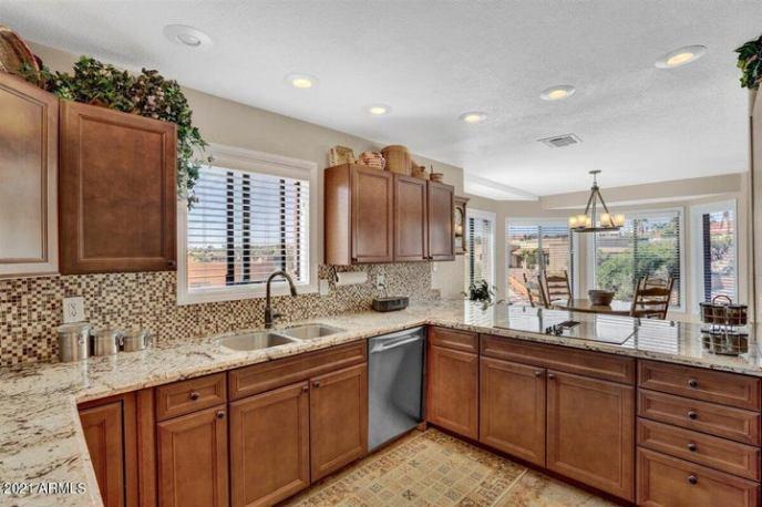 16905 E WINDCHIME Drive, Fountain Hills, AZ 85268