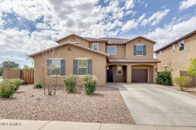 33972 N SANDSTONE Drive, San Tan Valley, AZ 85143