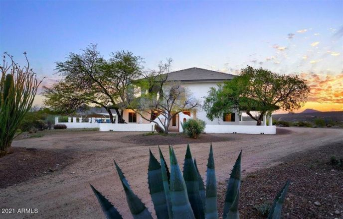 42244 N SPUR CROSS Road, Cave Creek, AZ 85331
