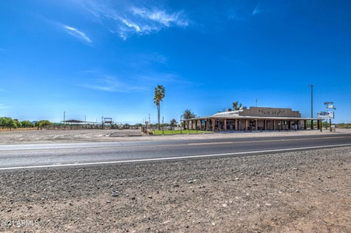 18300 S OLD US HIGHWAY 80 Highway, Arlington, AZ 85322