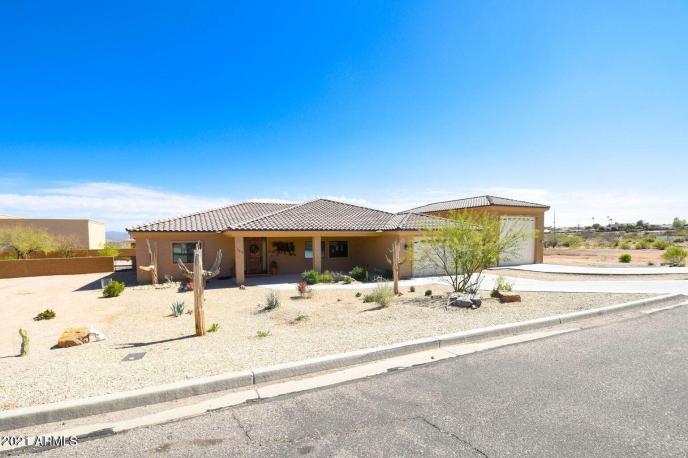 265 SHAWNEE Drive, Wickenburg, AZ 85390
