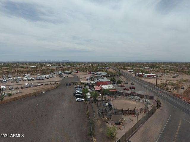 2304 N CORTEZ Road, Apache Junction, AZ 85119