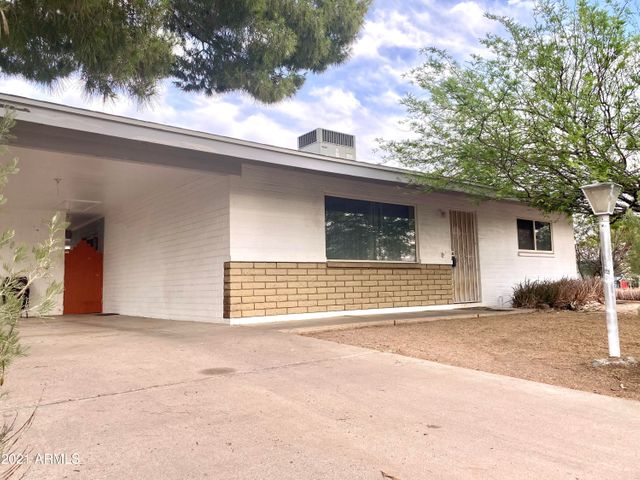 966 W 4TH Avenue, Apache Junction, AZ 85120