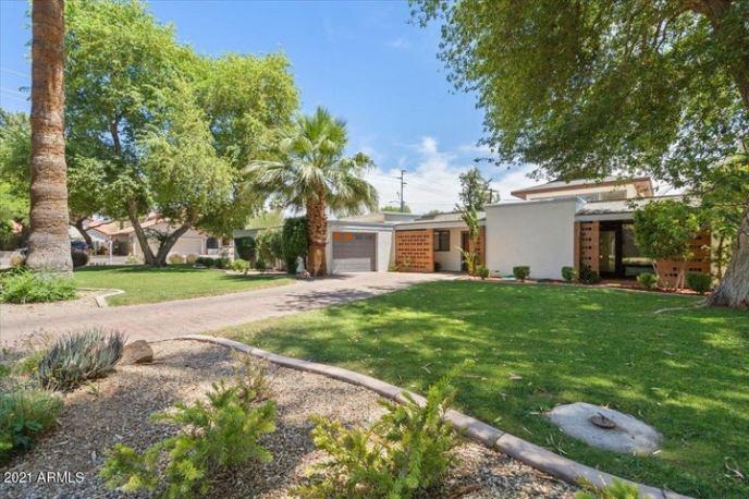 301 W ROYAL PALM Road, Phoenix, AZ 85021