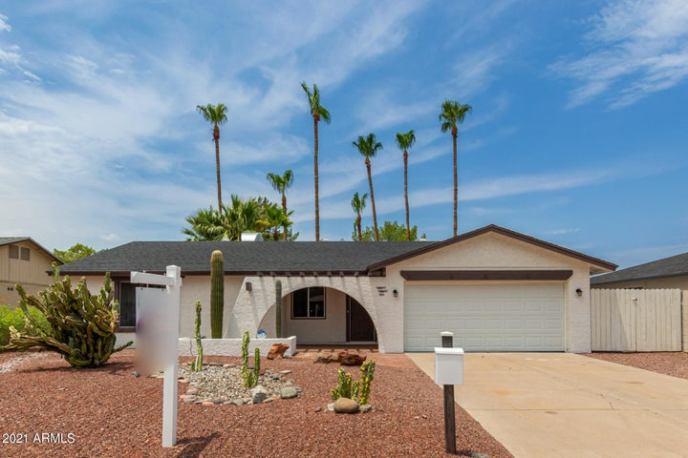 2026 S Emerson, Mesa, AZ 85210