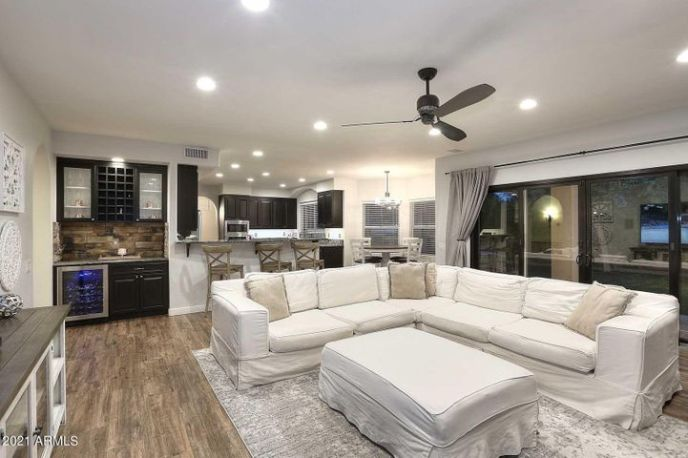 Family Room to Kitchen
