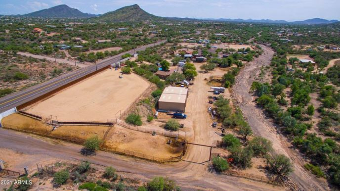 45602 N NEW RIVER Road, New River, AZ 85087