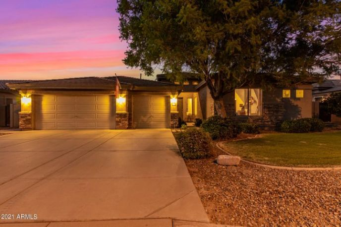 4710 E DECATUR Street, Mesa, AZ 85205