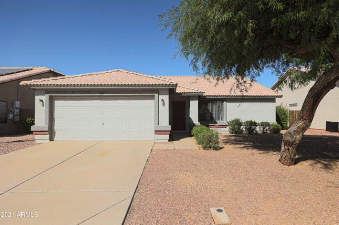 556 W MESQUITE Street, Gilbert, AZ 85233
