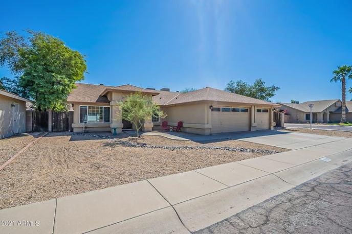 4415 W CREEDANCE Boulevard, Glendale, AZ 85310
