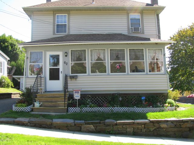 62 Dickinson Ave, Pittsfield, MA 01201