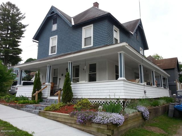 19 Smith St, Adams, MA 01220