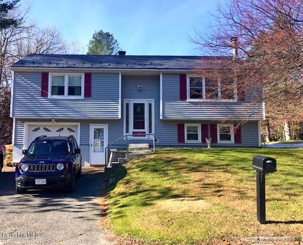 59 Birchwood Ter, North Adams, MA 01247