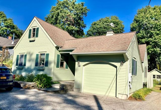 38 Church St, Stockbridge, MA 01262