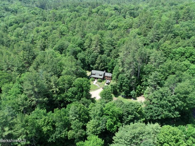 1 River Rd, Chesterfield, MA 01012