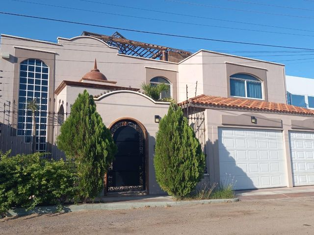 House for sale in La Paz