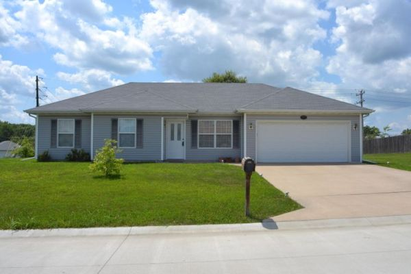 5113 N MONTGOMERY DR, COLUMBIA, MO 65202