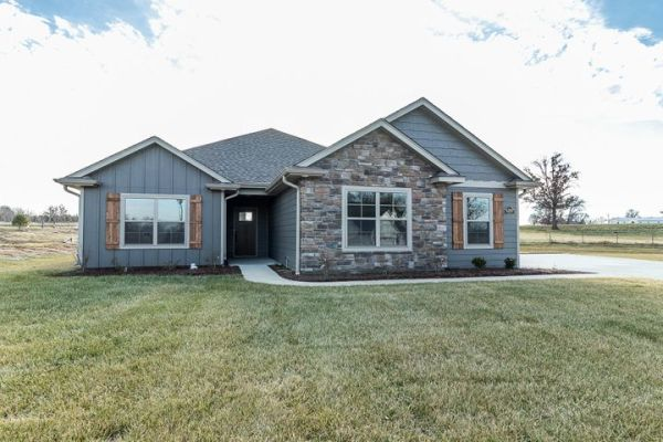 6200 FORESTER DR, COLUMBIA, MO 65202