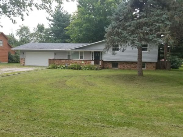 281 Middle Ground Road SW, Pataskala, OH 43062