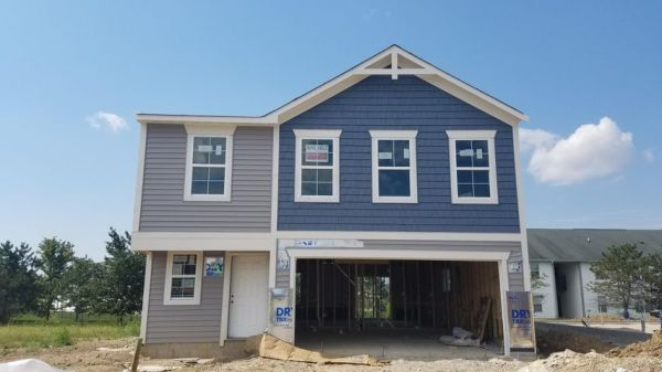 3763 Sugarbark Drive, Canal Winchester, OH 43110