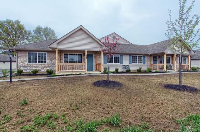 128 Pioneer Circle, Pickerington, OH 43147