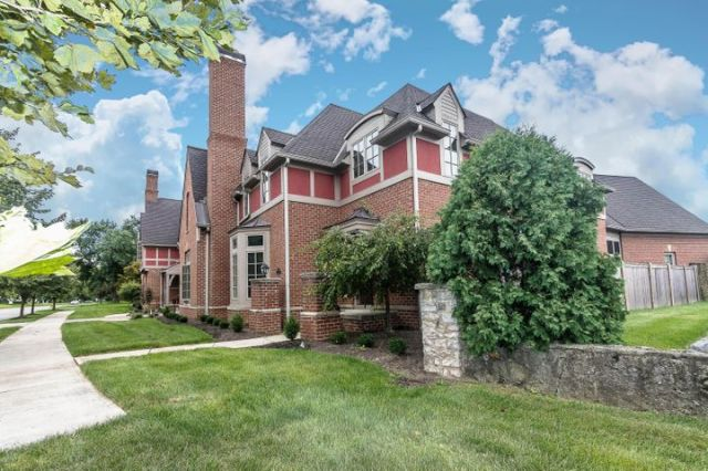 • Brick Exterior • Crown Molding • Screened Porch • Great Room with Fireplace • Island Kitchen with Granite Countertops • First Floor Laundry • His and Hers Walk-In Closets in Master Bedroom • His & Hers Vanities in Master Bath • Rough-in For Elevator • First Floor Laundry Room • Rear Entry Garage • Brick Courtyard