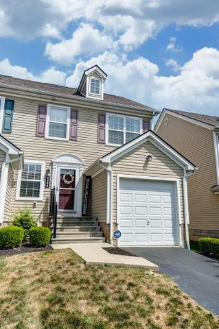 6484 Ash Rock Circle, Westerville, OH 43081