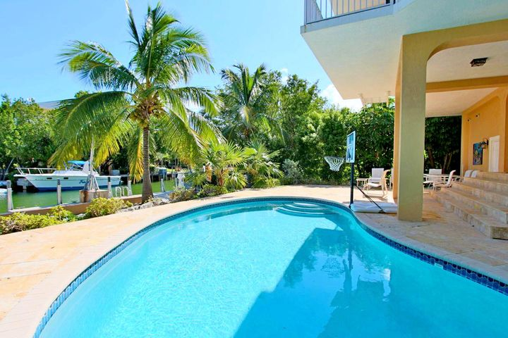 Islamorada Waterfront Pool Home