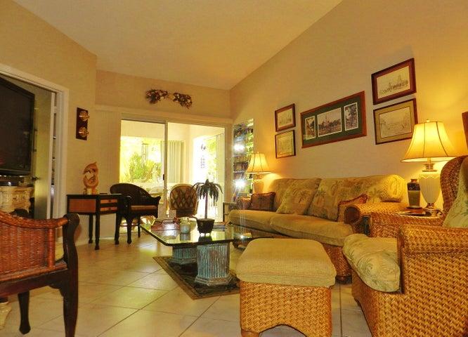 9871 Leeward Avenue, Key Largo, FL 33037