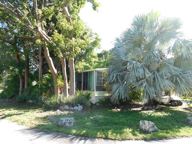 920 S Silver Circle, Key Largo, FL 33037
