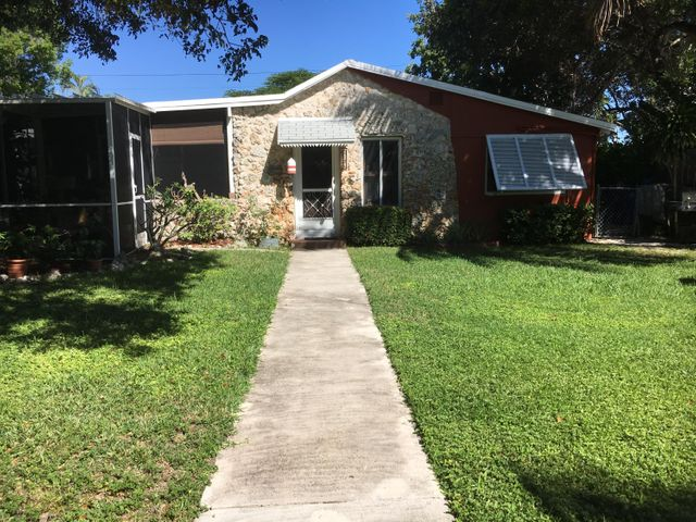 815 Oceana Avenue, Key Largo, FL 33037