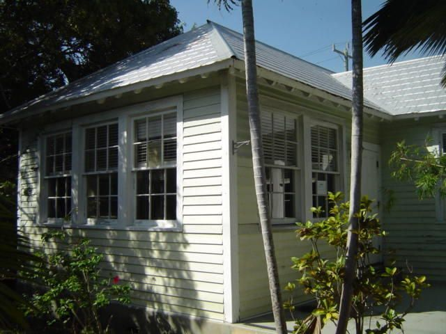 1911 Fogarty Avenue, Key West, FL 33040