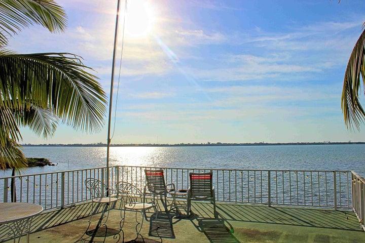 1020 W Shore Drive, Big Pine Key, FL 33043