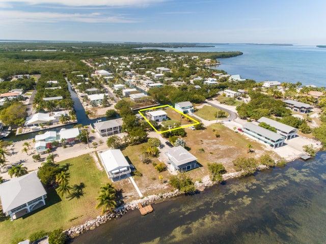 2032 Coral Way, Big Pine Key, FL 33043