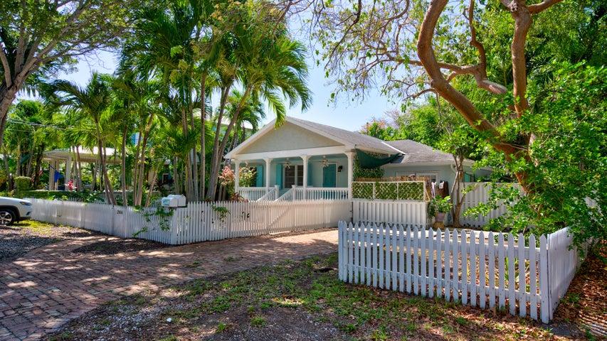 2904 Harris Avenue, Key West, FL 33040