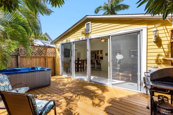 720 Simonton Street, LR, Key West, FL 33040