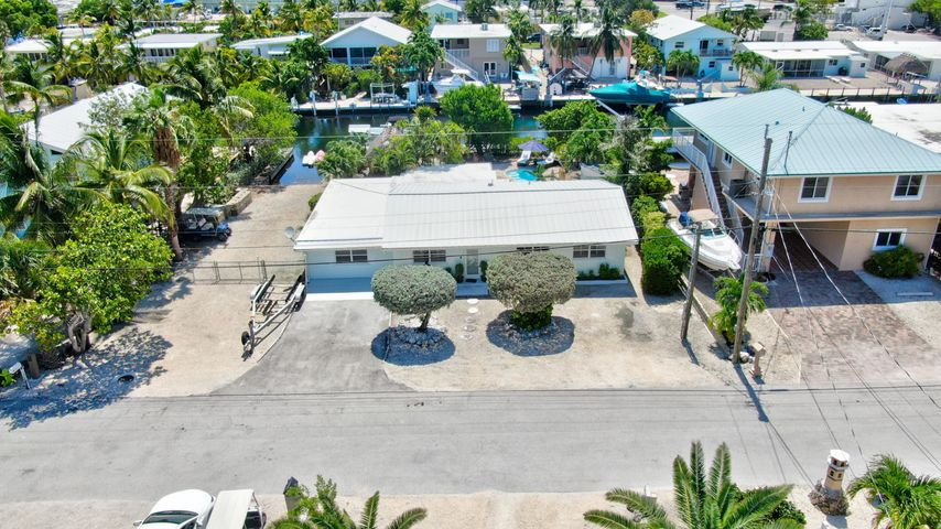 150 Azalea Street, Plantation Key, FL 33070