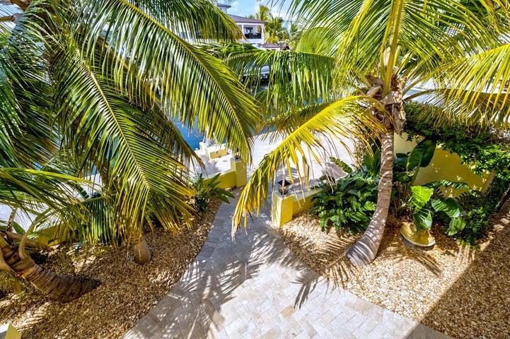 163 Bahama Avenue, Key Largo, FL 33037