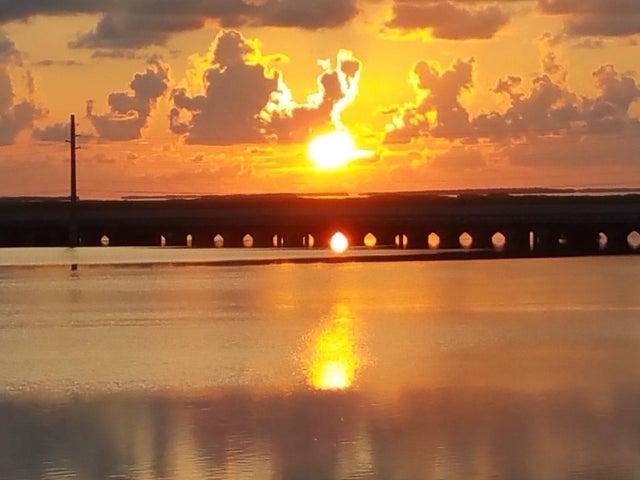 52 Beach Drive, Saddlebunch, FL 33040