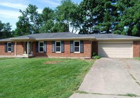 1216 Abbeywood Rd,Louisville,Kentucky 40222,2 Bedrooms Bedrooms,6 Rooms Rooms,2 BathroomsBathrooms,Residential,Abbeywood,1509447