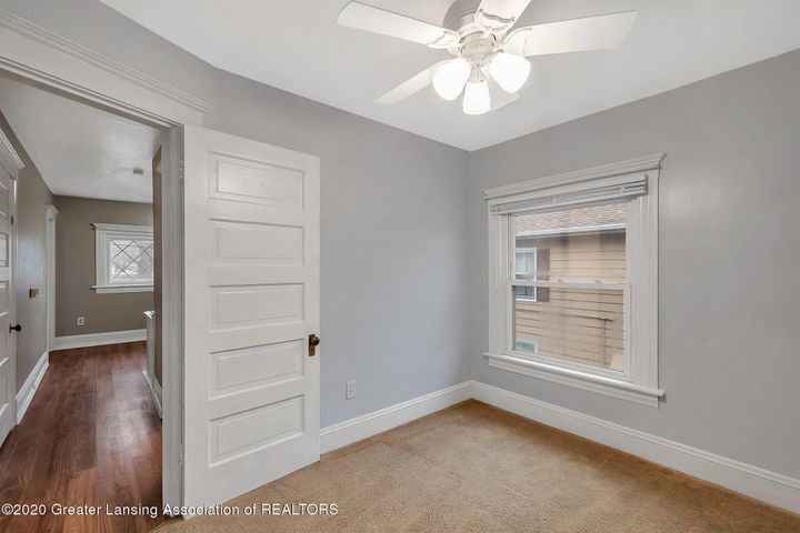28-508 McBride St-WindowStill-Real-