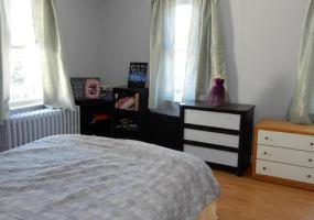 72 Seymour Avenue,Staten Island,New York,10302,United States,3 Bedrooms Bedrooms,7 Rooms Rooms,1 BathroomBathrooms,Residential,Seymour,1121240