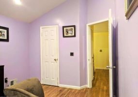 37 Country Drive,Staten Island,New York,10314,United States,2 Bedrooms Bedrooms,6 Rooms Rooms,2 BathroomsBathrooms,Residential,Country,1122039