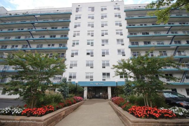 2 bedroom co-op- 3rd floor- end unit so you have the view of the Bridge, ferry, brooklyn without turning your head..Maint fee covers heat, hot water, taxes, pool,,tax time you get some of your tax money back from the maint fee thru your tax returns