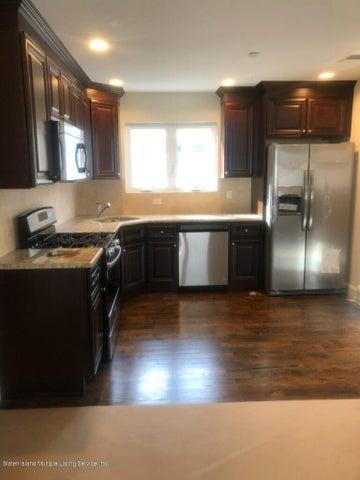 286 Bradford Avenue, 2nd. Floor, Staten Island, NY 10309